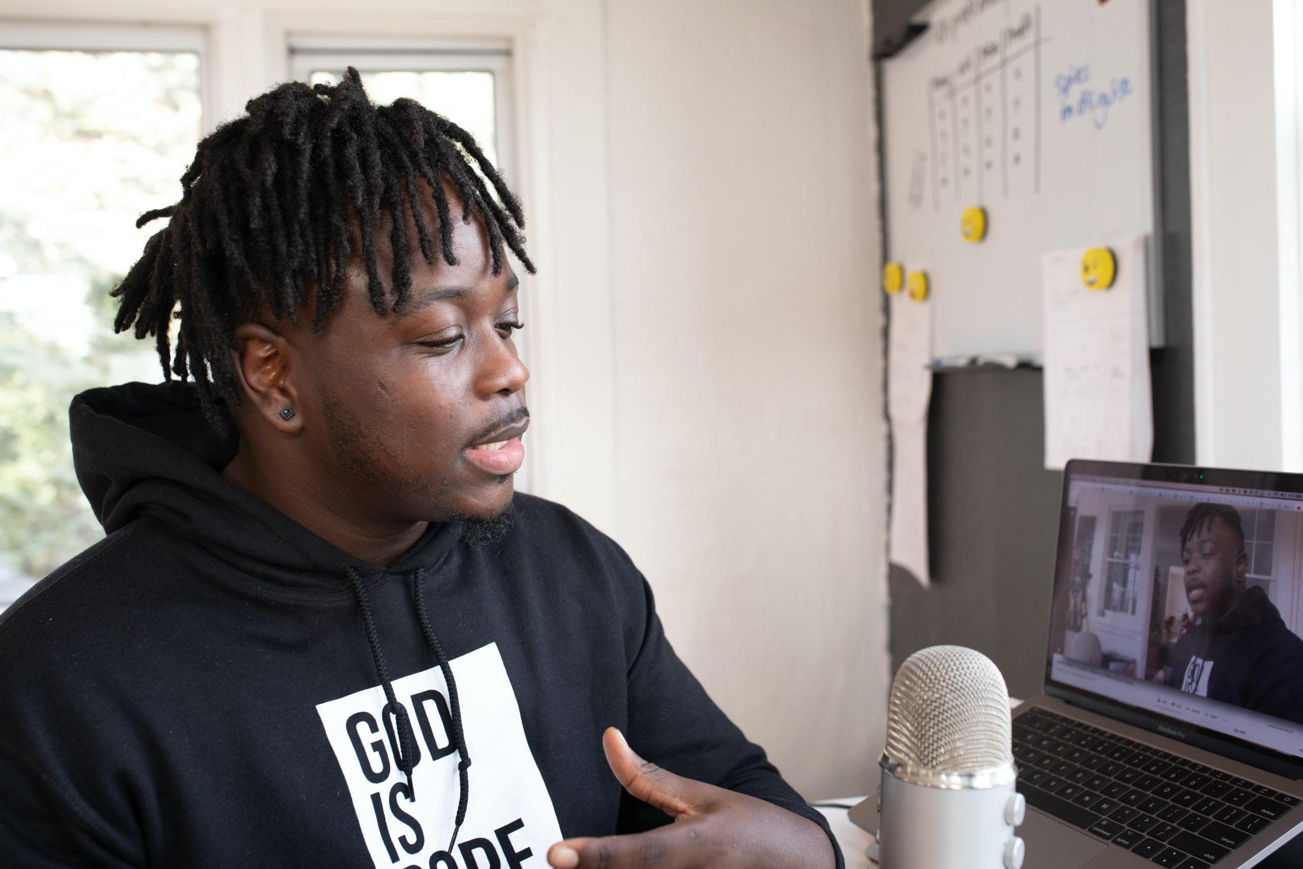 Como criar um podcast para fortalecer o branding da sua empresa